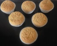 Olive Oil and Vanilla Cupcakes with Ricotta Frosting recipe